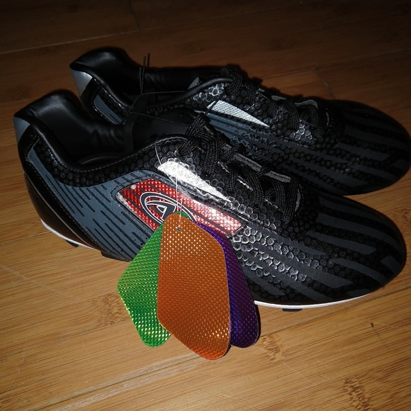 Color Cleats Youth Soccer Shoe